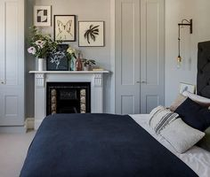 Imperfect Interiors Beth Dadswell Interior & Garden Designer Dulwich London (enGB) is part of Victorian bedroom - Edwardian Haus, Bedroom Built In Wardrobe, Wardrobe Design, Estilo Art Deco, Bedroom Fireplace, Bedroom Lighting, Bedside Lighting, Bedroom Styles, Beautiful Bedrooms