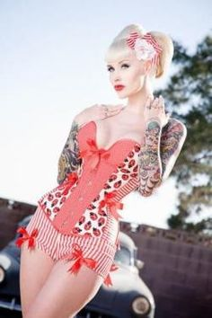 Sexy Pin-up Tattoos and Pin-up Girls with Tattoos - Socialphy