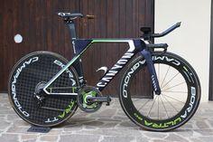 Spotted: New Canyon TT bike at the Giro - VeloNews.com Bmx Freestyle, Cycling News, Road Bike Women, Bike Reviews, Bike Run, Road Bikes, Triathlon, Swimming, Pilot