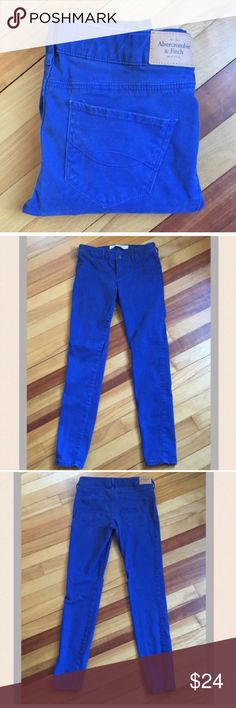 "Abercrombie and Fitch Skinny Blue Pants Super soft and comfortable blue skinnies by Abercrombie and Fitch. 80% cotton, 17% viscose, 3% elastane. Waist measures 14""; Rise 8""; Inseam 28"". EUC Abercrombie & Fitch Pants Skinny"