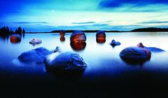 Plaster faces in a Finnish lake - Jan Pohribny