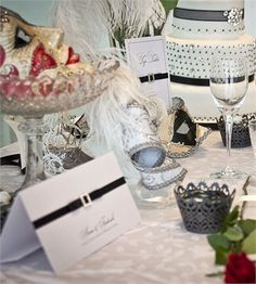 Black and white wedding decor
