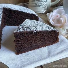Tortilla Sana, Chocolate Recipes, Chocolate Cake, Burritos, Tortillas Veganas, Plum Cake, Sweets Cake, Weird Food, Breakfast Dessert