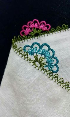 This Pin was discovered by Sem Needle Lace, Tatting, Needlework, Diy And Crafts, Embroidery, Nice, Summer, Rugs, Bedspreads