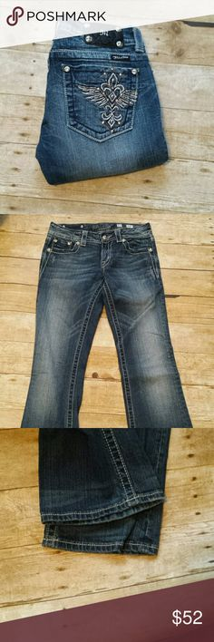 "Miss Me Boot Cut Bling Jeans ! Miss Me Boot Cut Bling Jeans! Size 27 , inseam 35"". EUC. Miss Me Jeans Boot Cut"