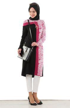 """Yedi İklim Dalmaçya Desenli Tunik-Siyah Z541-01 Sitemize """"Yedi İklim Dalmaçya Desenli Tunik-Siyah Z541-01"""" tesettür elbise eklenmiştir. https://www.yenitesetturmodelleri.com/yeni-tesettur-modelleri-yedi-iklim-dalmacya-desenli-tunik-siyah-z541-01/"""
