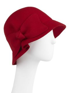 This little retro cloche hat reminds me of the 1920's