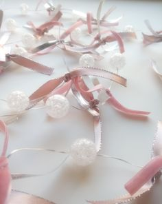 Γιρλάντα με στρογγυλές μπαλίτσες φωτάκια μπαταρίας LED έχουν Βελούδινη και σατέν Κορδέλα ! Είναι συνολικά 2 m! Έχει 20 μπαλίτσες λαμπάκια! Έχει δεμένες ροζ και ασημί βελούδινες και σατέν κορδέλες. So Cute ♥ So Girly Τα λαμπάκια είναι Led εσωτερικού χώρου και έχουν θερμό φως ! ( υ.γ. οι μπαταρίες είναι ΑΑ και δεν περιέχονται) Μπορεί να διακοσμήσει το υπνοδωμάτιο ,το μπαλκόνι ,το παιδικό και εφηβικό δωμάτιο Our Love, Children, Girls, Room, Fashion, Young Children, Toddler Girls, Bedroom, Moda