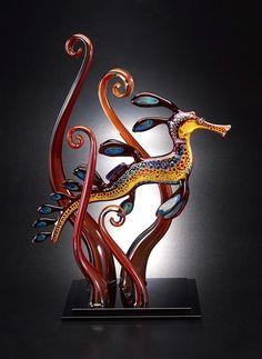 ronbeckdesigns:weedy seadragon ~ Joe Peters Glass http://coffeenuts.tumblr.com/post/109174383923/ronbeckdesigns-weedy-seadragon-joe-peters-glass