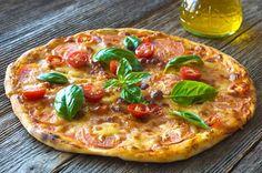 Pizza margherita uit eigen keuken - More than cooking