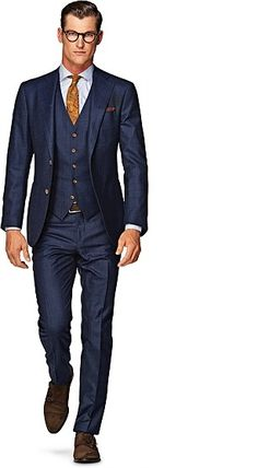 A collection of stylish big and tall clothing for men in season's styles and colourways. Shop big and tall outfits. Next day delivery and free returns available.