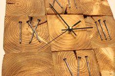Купить или заказать настенные часы из спилов (римские) в интернет-магазине на Ярмарке Мастеров. настенные часы из торцевых спилов сосны с годовыми кольцами 30/30см. Покрыты воском и лаком.