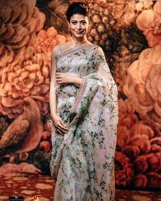 Misty Rose Organza Silk With Printed Design Party Wear Saree Sabyasachi Sarees, Bollywood Saree, Lehenga, Indian Sarees, Handloom Saree, Bollywood Actors, Bollywood Fashion, Floral Print Sarees, Saree Floral