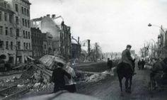 Tiger II,Gdańsk,ul.Długie Ogrody,1945,kolekcja zdjęć Rolanda Józefowicza Tiger Ii, Danzig, World War, Wwii, Germany, Tanks, Photos, History, City