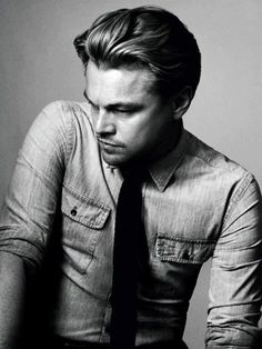 leonardo dicaprio is my favorite actor! Not just because he is blessed with good looks... He is a fantastic actor!