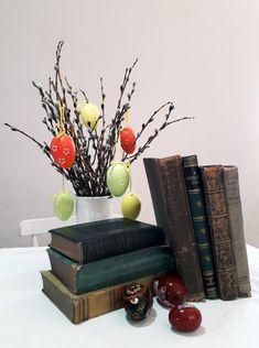 Happy Easter! Frohe Ostern! Kellemes Húsvétot! Happy Easter, Planter Pots, Happy Easter Day
