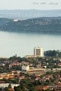 Balaton. Hungary. Foto: Kardos Ildikó Budapest Hungary, Homeland, Seattle Skyline, Tao, River, City, Outdoor, Beautiful, Outdoors
