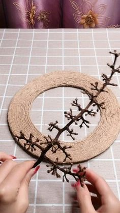 Amazing Creative Ideas - New ideas Diy Furniture Videos, Diy Furniture Plans, Furniture Makeover, Diy Home Crafts, Crafts For Kids, Distressing Painted Wood, Furniture Restoration, Diy Frame, Planer