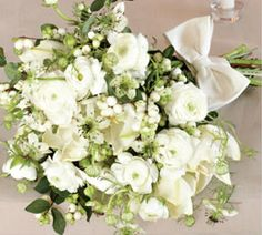 snow berry bouquet from http://www.100layercake.com/blog/archives/10629