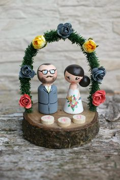 Personalized Wedding Cake Topper with arch by ArtwenShop on Etsy