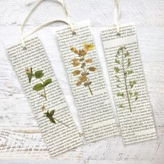 Made from pressed California wildflowers and pages fro Jane Austen Romantic Pressed Flower Bookmarks. Made from pressed California wildflowers and pages fr Creative Bookmarks, Diy Bookmarks, How To Make Bookmarks, Homemade Bookmarks, Bookmark Ideas, Bookmark Craft, Felt Bookmark, Vintage Bookmarks, Corner Bookmarks