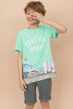T-shirt with Printed Design - Mint green/beach - Kids Boys Dress Outfits, Cute Girl Outfits, Kids Outfits Girls, Cute Outfits For Kids, Cute 13 Year Old Boys, Young Cute Boys, Cute Teenage Boys, Kids Girls, Kids Photography Boys