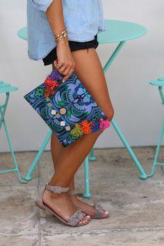 Bolso tipo cluth con estampados étnicos bordados #bolsos #clutch #bag #DaWanda #hechoamano #handmade #diseño