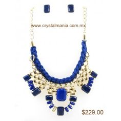 Set de collar y aretes en base dorada con detalles en diferentes formas en color azul rey estilo 30301