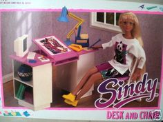 SINDY STUDYING DESK & CHAIR MINT VINTAGE 1991 HASBRO!!! | eBay