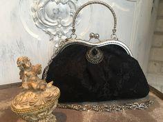 Clutches - Tasche, Abendtasche, Dirndl Tasche, Bügeltasche - ein Designerstück von TASCHENWERK-C-S- bei DaWanda Prada, Gucci, Dark Grey, Clutches, Gowns, Etsy, Black, Dirndl, Designer Bags