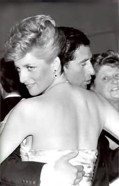Camilla Parker Bowles its what you did with Diana and now time repeats itself (Unseen Pics of Prince Charles and Princess Diana) - Dianalegacy Latest Update News Images Videos of British Royal Family Lady Diana Spencer, Diana Son, Royal Princess, Prince And Princess, Princess Charlotte, Princess Of Wales, Prinz Charles, Prinz William, Prince Charles And Diana