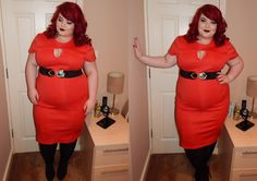 Georgina Grogan in our Triangle Cut Out Pencil Dress in red! http://www.thecurvefashion.com/ http://www.shemightbeloved.com/ #fbloggers #plussize #fashion #clothing #style