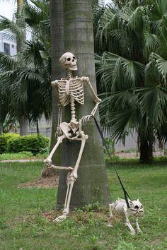 Crazy Bonez Skeleton and Buster Bonez