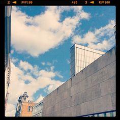 by woestenbard: Ik hou van een architecte #visitgent