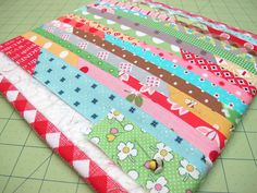 preparing the back and scrappy binding tutorial {bee in my bonnet row along}