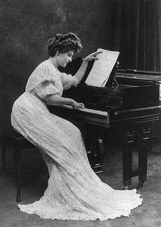Piano, hair, dress...