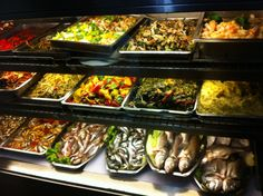 Delicious meze and fish at Yakup/Asmalı Mescıt, Istanbul Fish And Meat, Fish And Seafood, Turkish Recipes, Italian Recipes, Turkey Today, Turkish Sweets, Turkish Kitchen, Fresh Fruits And Vegetables, Istanbul