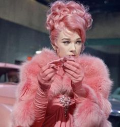 "Shirley MacLaine, 1964 movie ""What a Way to Go"""