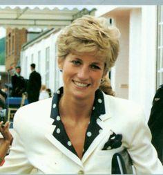 The Lovely Diana : Photo