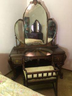 Found on EstateSales.NET: Antique vanity & vanity stool.