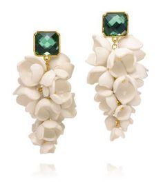 Anais Grape Flower earrings by Tory Burch Clay Jewelry, Crystal Jewelry, Jewelry Art, Jewelry Accessories, Fashion Accessories, Jewelry Design, Jewellery, Designer Jewelry, Diy Earrings