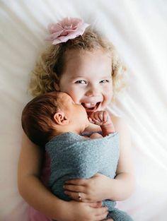 Selah photography | newborn | siblings | grote zus | kleine broer | broer en zus | baby fotografie | amazing