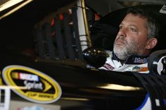 NASCAR: Three-time NASCAR champion and 1997 IRL champion Tony Stewart will retire at the end of 2016, with Clint Bowyer set to replace him in the No.14 Stewart-Haas car from 2017. RACER.com