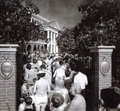 The Haunted Mansion opening 1969