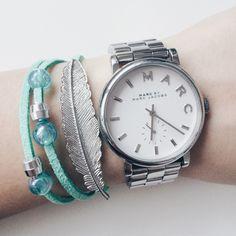 Mint feather bracelet by Angélica
