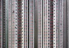 """Hongkong ist eine der am dichtesten besiedelten Städte der Welt. Der Fotograf Michael Wolf hat der """"Architecture of Density"""" einen Bildband gewidmet."""