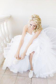 Cream glitter ~ Keds X Kate Spade New York Champion Glitter sneakers Wedding Veils, Wedding Bride, Wedding Dresses, Wedding Shoes, Wedding Stuff, Glitter Photography, Wedding Photography, Photography Ideas, Kate Spade Glitter Keds
