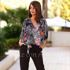 """Adoro los #monos! Modelo """"Simone"""", treméndamente estiloso y versátil. Tallas S, M, L y XL. Pasamanería joya en las mangas y un tejido de escándalo. 69,99€. #mono #modamujer #fashion #visteconamelia #modaotoño"""