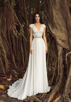 aa02f4ec595 Kady - BRIDAL - Chic Nostalgia - Bohemian and Romantic Wedding Dresses  Wedding Bridesmaid Dresses