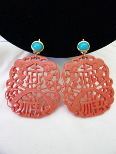 Kenneth J Lane Carved Oriental Coral Turquoise Resin Earrings Gold Plate by AnnesGlitterBug on Etsy Coral Earrings, Resin Jewelry, Cute Jewelry, Turquoise Jewelry, Clip On Earrings, Jewelry Ideas, Jewelry Box, Vintage Costume Jewelry, Vintage Jewelry